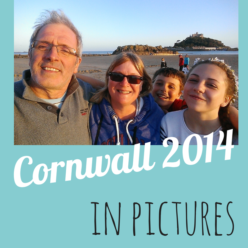 family-holiday-photos