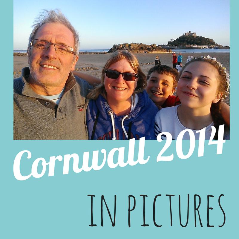 family-holiday-photos